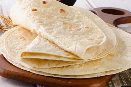 طريقة عمل الخبز اللبناني او الخبز العربي بسهوله موقع واسع